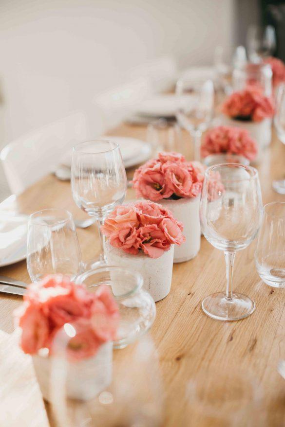 חתונה בבית על הים - חתונת הבוהו של עדי ואלון - סטודיו ציפורות -הפקה, עיצוב ומיתוג
